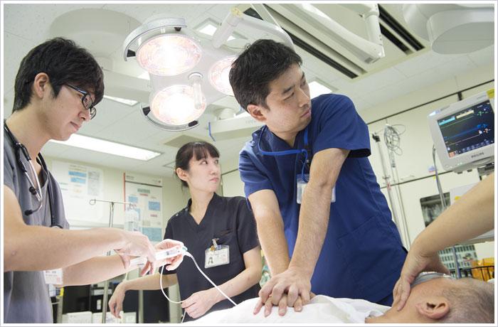 救急医療 - 横須賀共済病院